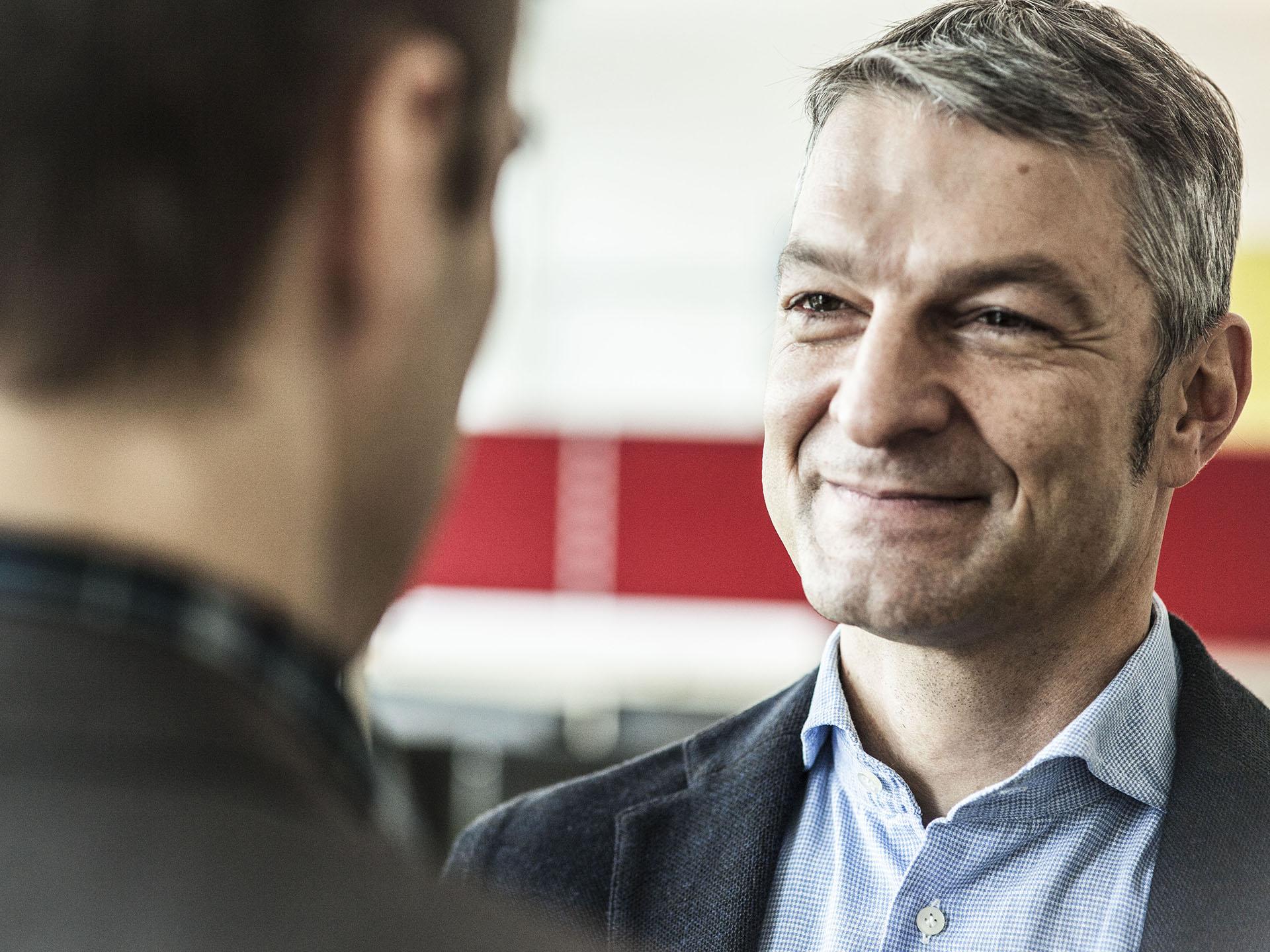 HAKOM Solutions GmbH Wien – Professional Services.